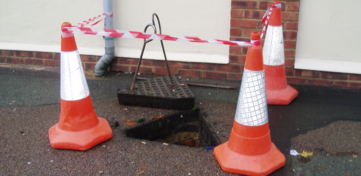 blocked-drains-surrey.jpg