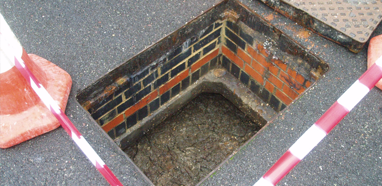 blocked-drains-weybridge.jpg